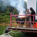 Superior houseboat